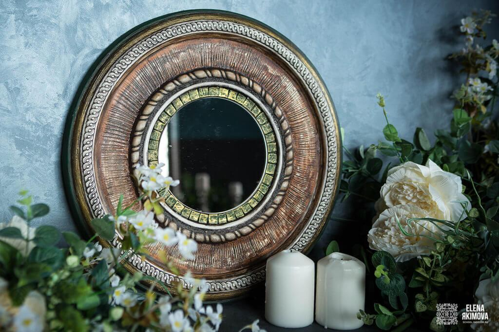 elegantnoe-vintazhnoe-zerkalo-olivija-v-krugloj-rame