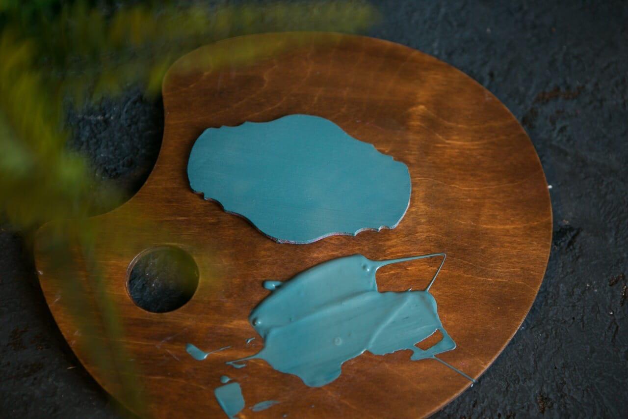 Теория цвета - оттенок Голубая ель